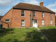 Flat to rent in Sindlesham, Wokingham...