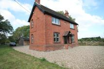 3 bed property in Aldermaston