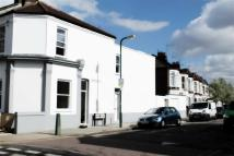 3 bedroom Flat in College Road, London...