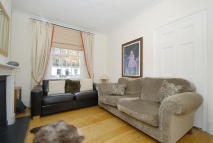 3 bed home to rent in Cloudesley Road, London...