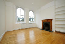 2 bed Flat in Barnsbury Street, London...
