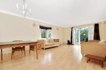 2 bed Apartment to rent in Hoptree Close...