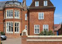 2 bed Apartment for sale in St Gabriel's, Wantage