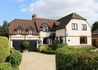 Detached property in East Hendred, Wantage