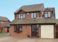 4 bed Detached house in The Maples, Grove