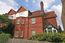 6 bedroom semi detached home for sale in Tring town centre...