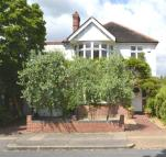 property to rent in Chelwood Gardens, Kew, Richmond