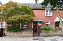 Temple Road Terraced house to rent