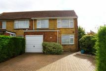 3 bedroom End of Terrace house to rent in Strand Close, Meopham...