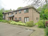 2 bed Apartment in The Acorns, Sevenoaks...