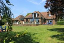 4 bed Detached home for sale in Chitcombe Road...