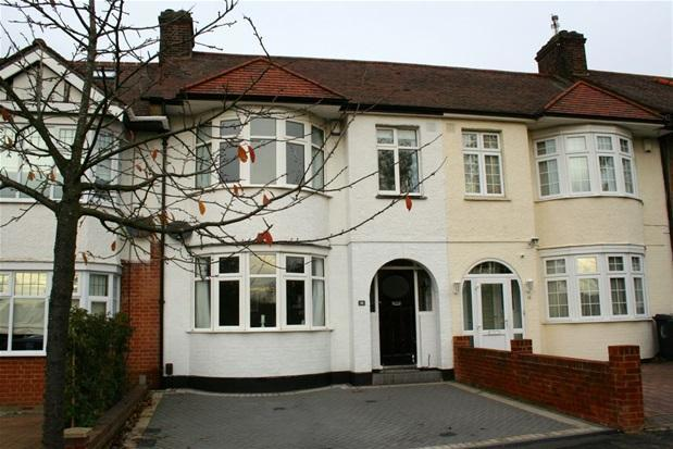 3 bedroom house for sale in cambridge road north chingford e4 for 3 bedroom house for sale in cambridge