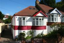 2 bedroom Semi-Detached Bungalow in Seymour Road...