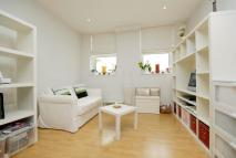 1 bedroom Flat to rent in Bromyard Avenue, London...