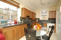 3 bedroom Flat to rent in Thorpebank Road...