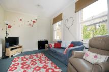 2 bed Flat in Godolphin Road...
