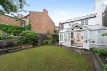 2 bed Detached property in Hammersmith Terrace...