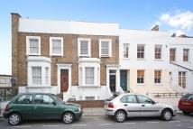 2 bed Flat to rent in Woodstock Grove...