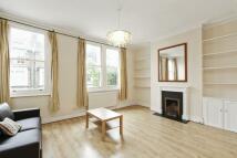 3 bedroom Flat to rent in Sulgrave Road...