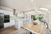 5 bed Terraced home in Sedgeford Road...