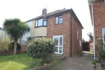 3 bed semi detached house in Applesham Way, Portslade...