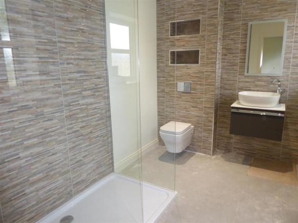 SAMPLE EN SUITE PHOTO