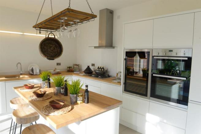 SAMPLE FITTED KITCHEN