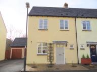 3 bed semi detached property to rent in Beddome Way...