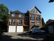 3 bedroom Flat in 2 Lawn Road, Beckenham...