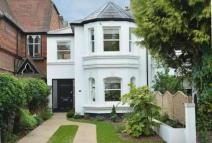 2 bed semi detached property in Kings Road Windsor