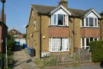 Maisonette to rent in Alma Road Eton Wick
