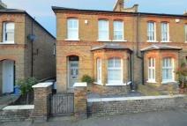 Terraced property to rent in St Marks Road Windsor