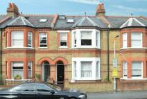 4 bed Terraced property in Queens Road Windsor