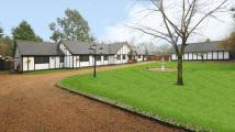 5 bedroom Detached house in Black Lake Close, Egham...
