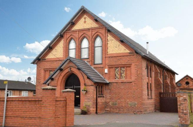 4 bedroom detached house for sale in the chapel mold road for The buckley house