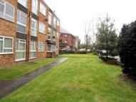 2 bed Flat to rent in Woodstock Road...