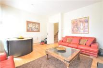 2 bed Flat in Cambray Road, Balham...