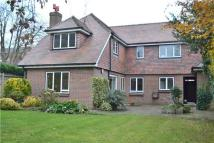 4 bedroom Detached home to rent in Manor Road, Barnet...