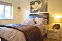 Flat to rent in Galdana Avenue, Barnet...