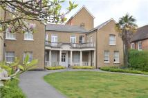 2 bed Flat in Wood Street, Barnet...