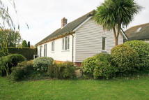 2 bedroom Semi-Detached Bungalow to rent in High Street, Hawkhurst