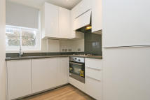 1 bedroom Flat in Grafton Square...