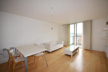 Apartment to rent in Chadwell Lane...