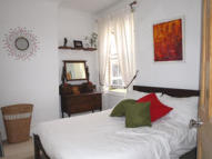 2 bed Ground Flat to rent in NORTH VIEW ROAD, London...