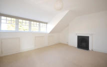 Flat to rent in Haringey Park, London, N8