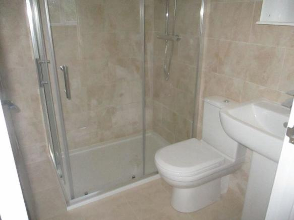 ANNEX SHOWER ROOM