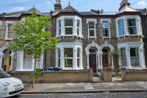 4 bed Terraced property to rent in Holmewood Gardens...