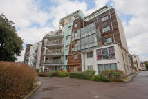 Apartment for sale in Peckham Rye, London, SE15