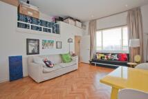 Glengall Road Studio flat