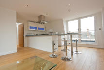 Apartment to rent in Choumert Grove, London...
